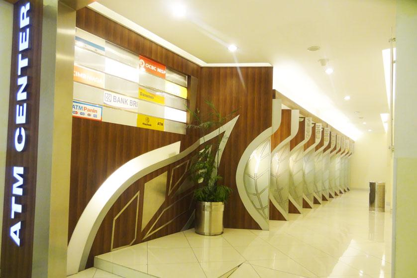 Informasi Ketersediaan Fasilitas Summarecon Mall Bekasi
