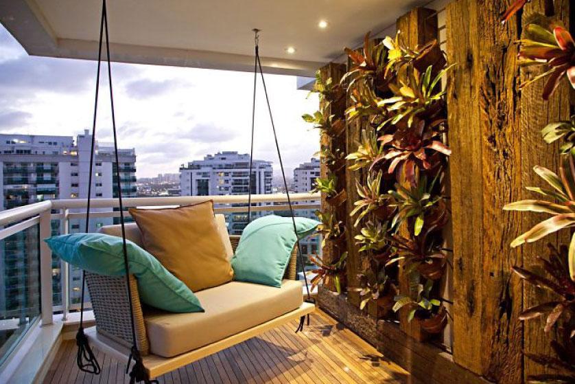Mempercantik Balkon Rumah