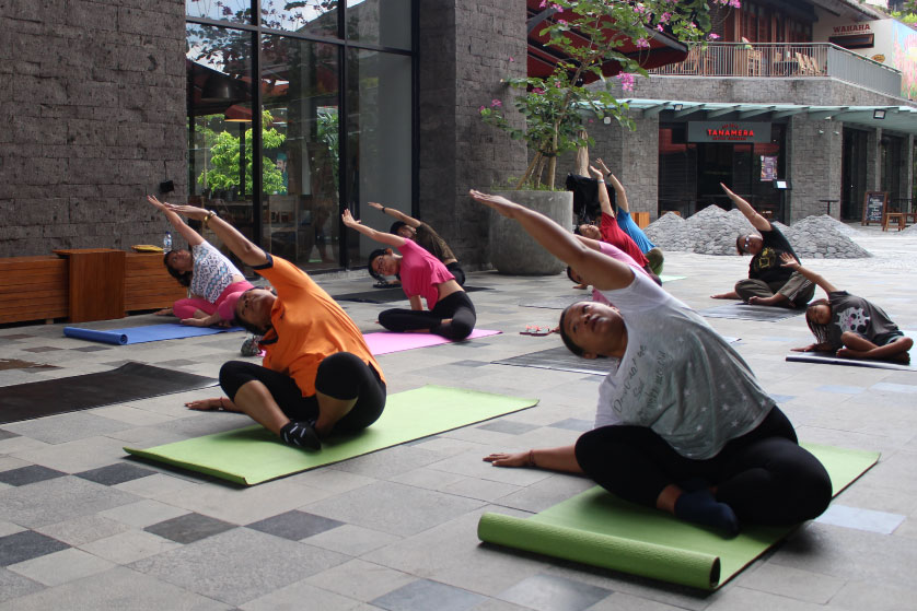 http://images.malkelapagading.com/album/4582//yoga-2.jpg