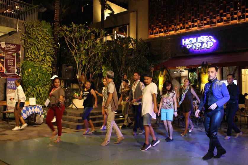 http://images.malkelapagading.com/album/4585//salsadance-oct-5.jpg