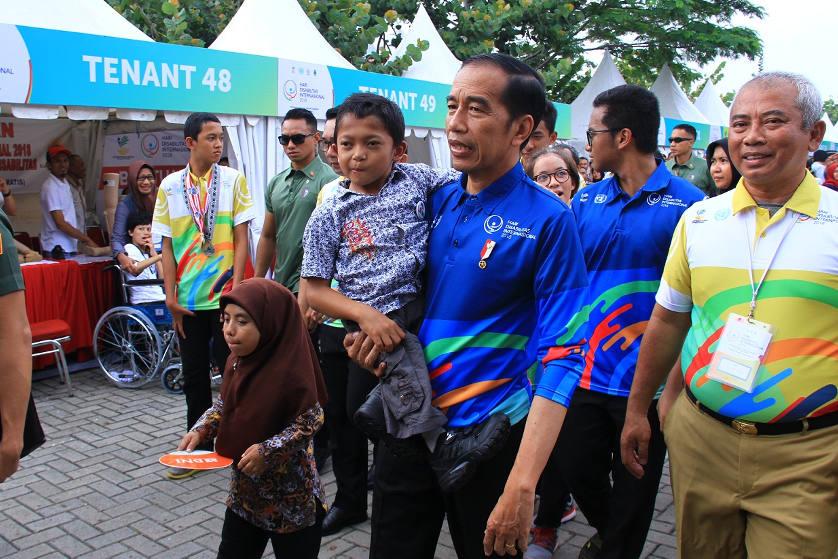 Presiden RI Bapak Jokowi Hadiri Peringatan Hari Disabilitas Internasional 2018 di Summarecon Mal Bekasi