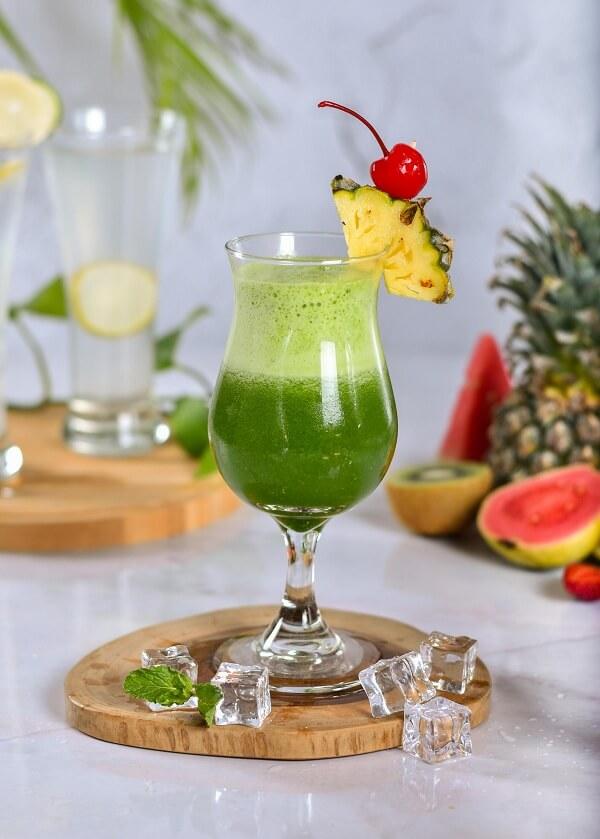 album/6824/Green_Pineapple_Juice.jpg