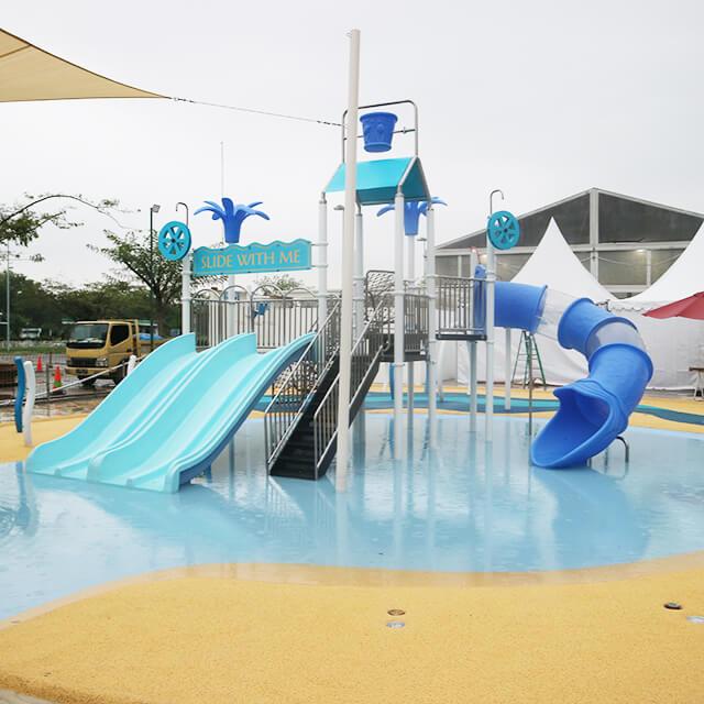 http://images.malkelapagading.com/album/6841//Slide_n_Splash_Water_Playground.jpg
