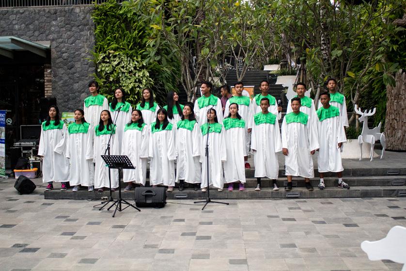 Christmas Choir at Samasta Lifestyle Village