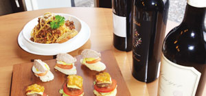Kemewahan Segelas Wine Berpadu dengan Hidangan