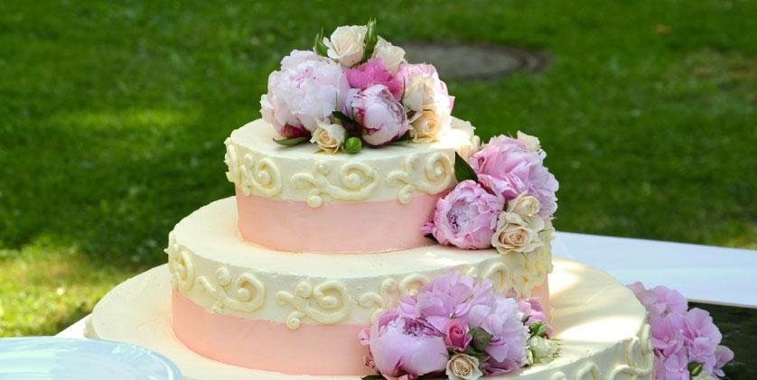 Kesalahan Yang Dilakukan Saat Memilih Kue Pengantin