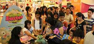 Hilarity Easter at Mal Kelapa Gading