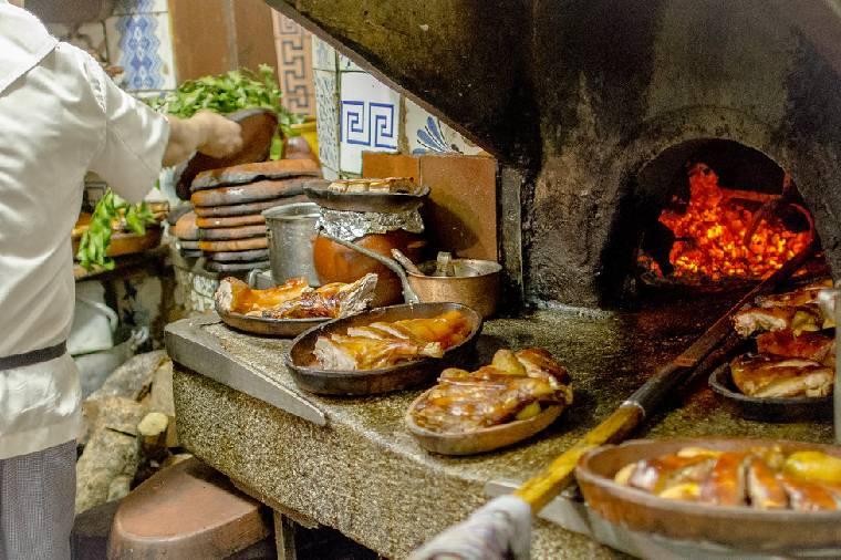 Travelling ke Restoran Kuno Bersejarah