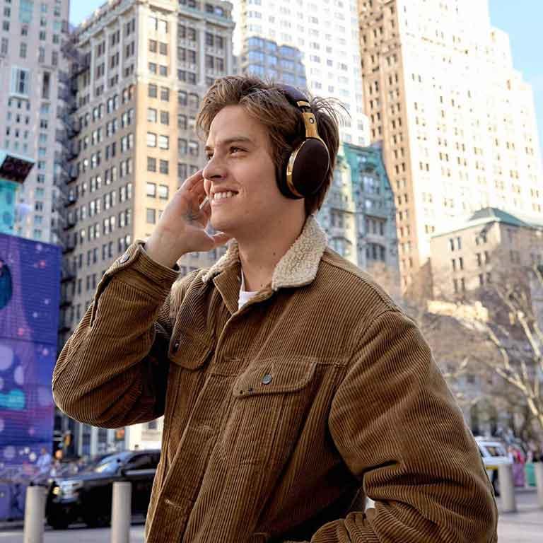Thumb Montblanc Montblanc MB 01 Headphones