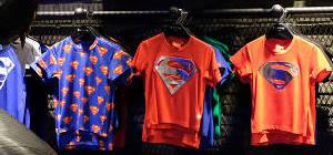 Dapatkan Koleksi Supperhero Favorit Hanya Di DC Superheroes