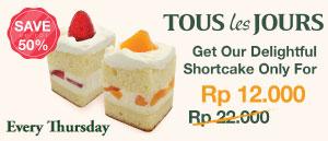 Get 20% Discount on Fresh Cream Cake
