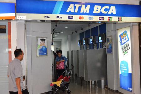 Thumb tenant ATM BCA