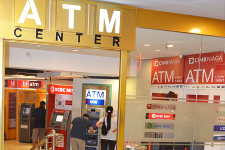 Thumb tenant ATM Center 01